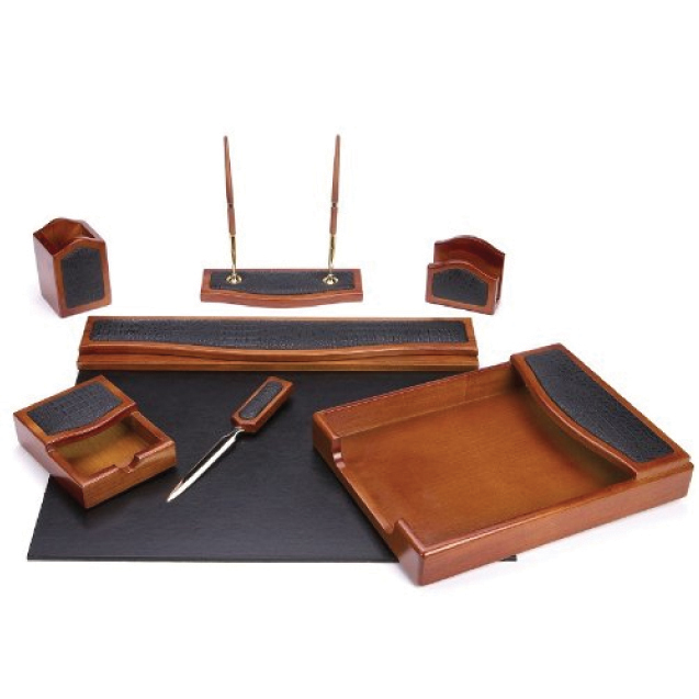 7 Piece Oakwood & Black Eco-Friendly Desk Set
